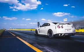 Picture white, track, start, Nissan, R35, skyline, Nissan GT-R