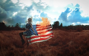Picture girl, fire, the situation, flag