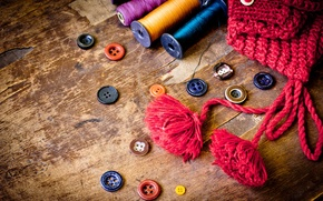 Picture table, hat, buttons, old, thread