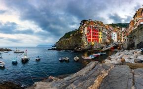 Picture sea, night, rocks, home, Bay, boats, Italy, Riomaggiore, Cinque Terre, Genoa Bay, The Ligurian coast