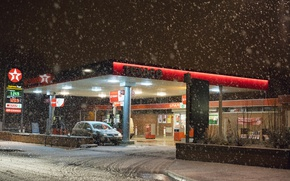 Picture cars, winter, snowing, gas station, Texaco, gas pump