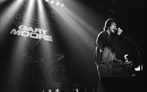 Picture singer, Gary Moore, musician, 1983, stage, Manchester Apollo, guitarrist