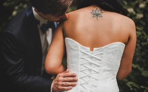 Picture back, kiss, dress, ring, tattoo, corset, the bride, the groom