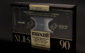 Picture macro, maxell, cassette, background, music