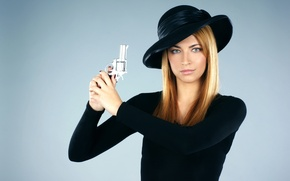 Picture girl, situation, blonde, beautiful, detective, open, expose, gun., kidding, hat, blue, small