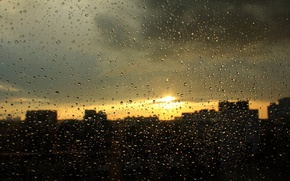 Picture glass, drops, sunset, clouds, the city, rain