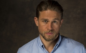 Wallpaper background, portrait, photographer, actor, shirt, beard, British, Charlie Hunnam, Charlie Hunnam, LA Times, Jay L ...