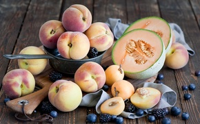 Picture blueberries, apricot, peach, BlackBerry, melon, peach, melon, blueberry, apricot, BlackBerry, summer fruits and berries, summer …