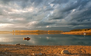 Picture forest, mountains, lake, boat, morning