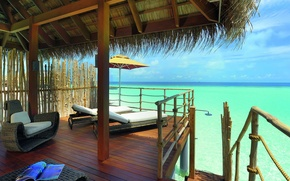 Picture house, beach, interior
