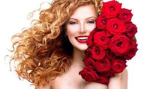 Picture girl, smile, roses, makeup, red, curls, a bouquet of flowers, red lips