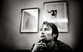 Picture look, Mads Mikkelsen, Photoshoot