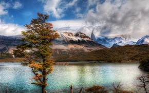 Picture clouds, mountains, lake, tree