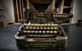 Picture macro, background, Oliver Typewriter