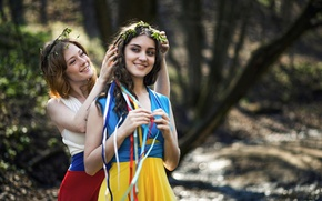 Picture country, girls, the world, calm, friendship, Russia, Ukraine, sisters, flags dresses