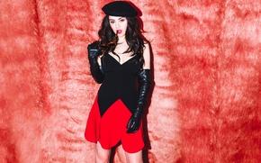 Picture singer, photoshoot, Charli XCX, MTV Style