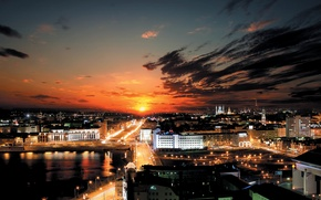 Picture the sun, clouds, sunset, the atmosphere, night city, Kazan