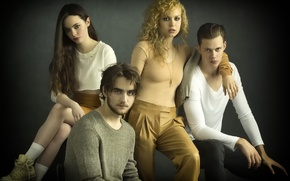 Picture the series, Landon Liboiron, Penelope Mitchell, Freya Tingley, Bill Skarsgård, Hemlock Grove