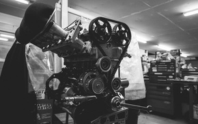 Picture engine, garage, workbench, Masterskaya