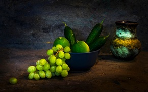 Picture bunch, pitcher, still life