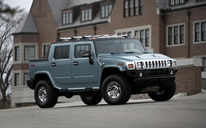 Picture the city, street, Hummer H2