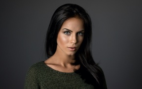 Wallpaper girl, face, green, model, portrait, brunette, light, beauty, sweater, gray-eyed, make-up, Martin Kuhn, Marlen