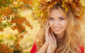 Picture autumn, look, leaves, girl, smile, makeup, blonde, wreath