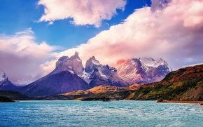Picture the sky, clouds, mountains, Chile, South America, Patagonia, National Park Torres del Paine, Lake Pehoé
