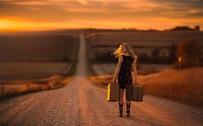 Picture girl, the way, road.suitcases