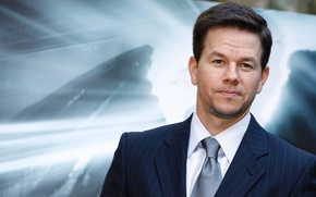 Picture widescreen, HD wallpapers, Wallpaper, male, full screen, Mark Wahlberg, actor, background, fullscreen, tie, man, suit, ...