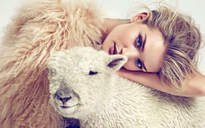 Picture girl, face, model, makeup, sheep, Rosie Huntington-Whiteley, Rosie Huntington-Whiteley, lamb