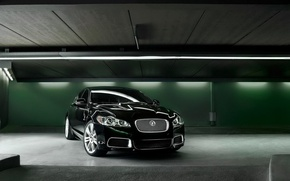 Picture green, lamp, garage, Jaguar C-XF