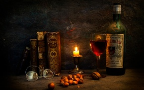 Picture wine, books, candle, glasses, A special occasion
