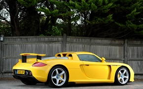 Wallpaper yellow, Porsche, supercar, Porsche, rear view, Carrera GT, Carrera GT