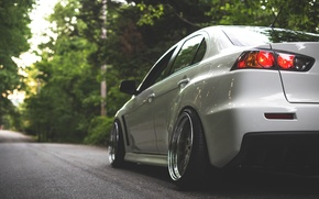 Picture road, forest, white, the sun, trees, white, wheels, drives, mitsubishi, tuning, lancer, sun, Lancer, low, …