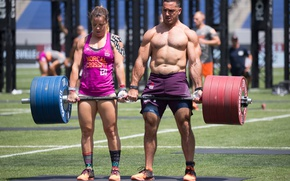 Picture woman, man, weight lifting, crossfit games