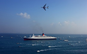 Picture Passenger, Airbus, The sky, A380, Side view, The ship, Military, Sea, Navy, Airliner, Boats, Queen ...