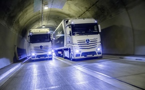 Picture Mercedes, Benz, the tunnel, two, Actros