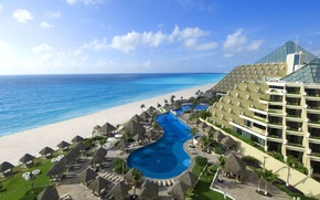 Picture the ocean, Mexico, the hotel, Cancun