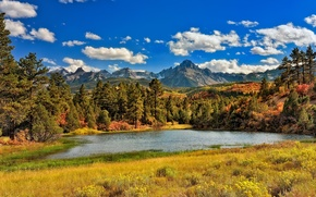 Wallpaper Sunny, lake, mountains, trees, grass, autumn, clouds