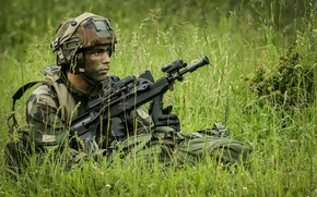 Picture weapons, soldiers, French Army