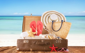 Picture hat, starfish, bottle, glasses, shell, sand, suitcase, Board, sea, slates, bag