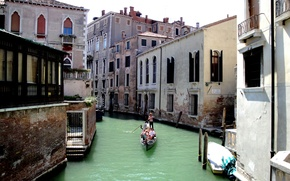 Picture the sky, boat, home, channel, gondola, Venice, Italy
