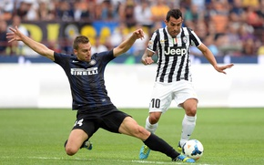 Picture the ball, fight, the opposition, inter, Juventus, Tevez, Derby