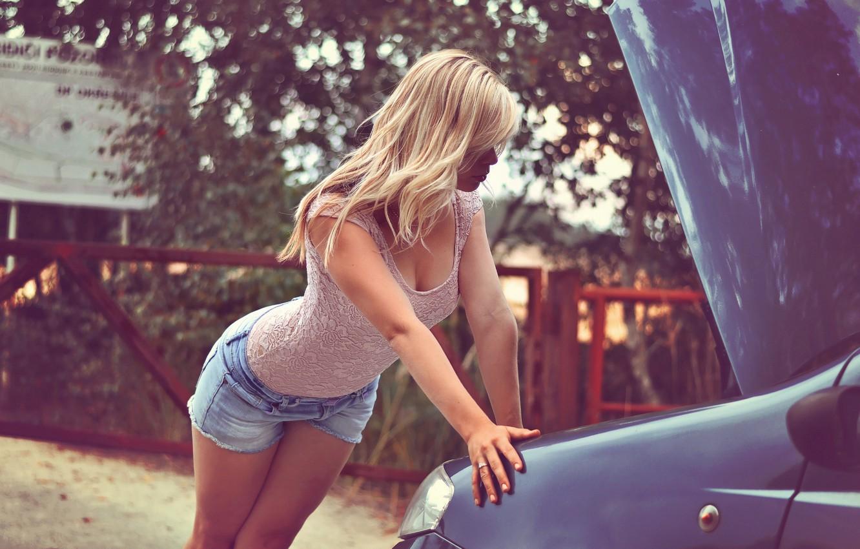 Photo wallpaper machine, look, girl, shorts, the hood, blonde, jeans