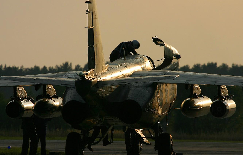 Photo wallpaper sunset, the evening, engines, Ukraine, Pilot, Su 25