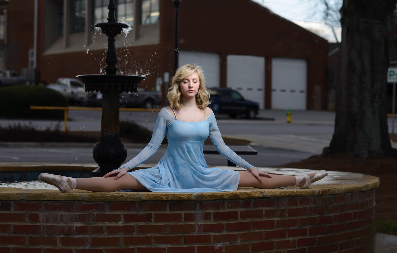 Photo wallpaper girl, mood, the situation, dress, fountain, ballerina, twine, Pointe shoes