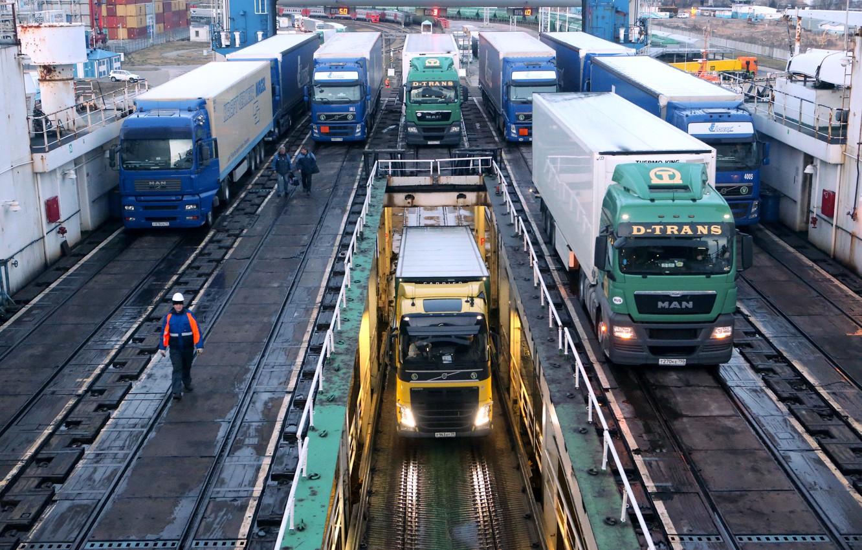 Photo wallpaper Trucks, Logistics, KAMAZ