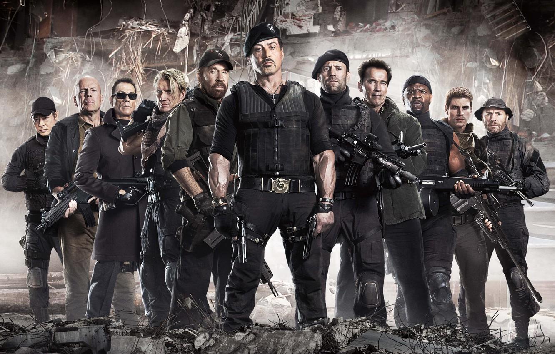 Photo wallpaper Bruce Willis, Bruce Willis, Arnold Schwarzenegger, Sylvester Stallone, Randy Couture, Chuck Norris, Jean-Claude Van Damme, …
