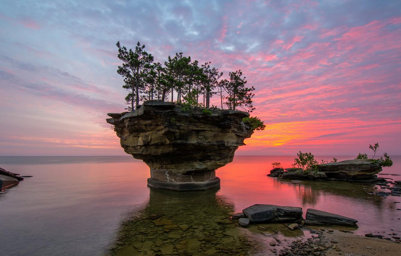 Photo wallpaper USA, lake Huron, Michigan, rock Turnip Rock